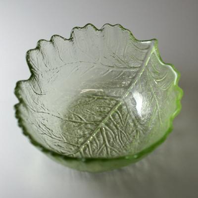 木の葉中鉢