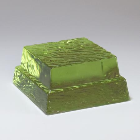 四角台ガラスモニュメント